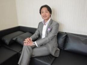 株式会社イー・コミュニケーションズ 代表取締役 佐藤 信也
