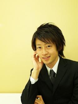 ホットティー株式会社 代表取締役社長 保手濱 彰人