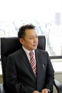 株式会社麗人社 代表取締役 野口 和男